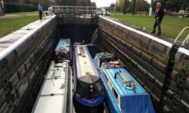 Weaver lock boats